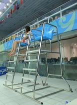 泳池救生椅